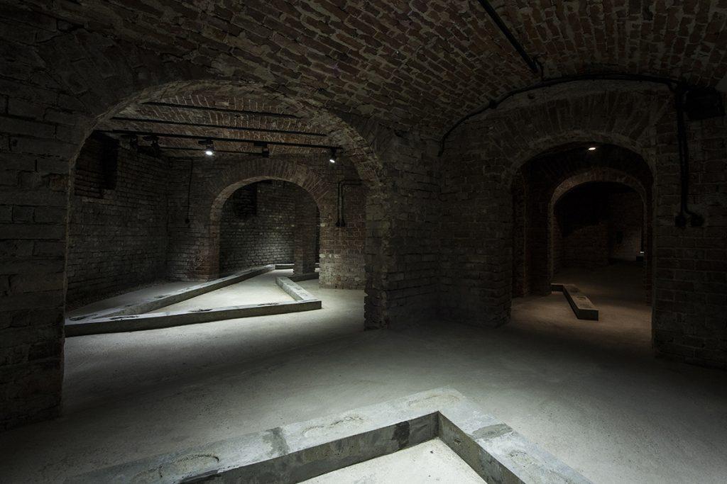Istvan Ist Huzjan, Subterranean Walks, Gaep, installation view
